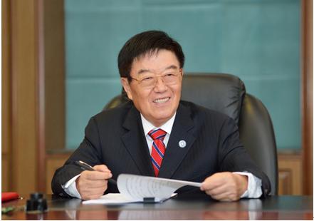 徐镜人:做健康中国的筑梦者