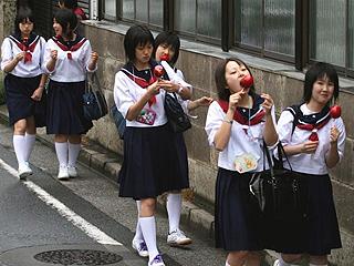 日本青少年自杀率创30年来新高