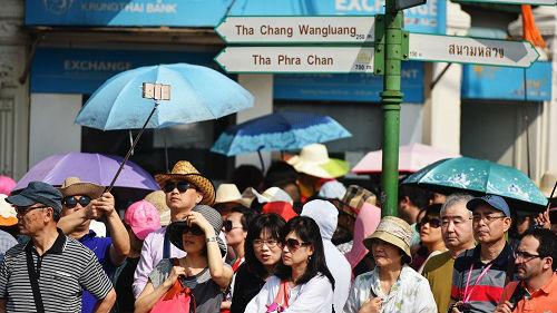 2030年中国出境游客将达2.6亿人次 超美国成为第一