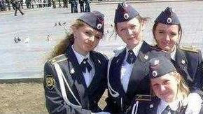 德媒探访俄女子军校:从小学习打仗 学员多为女承父业