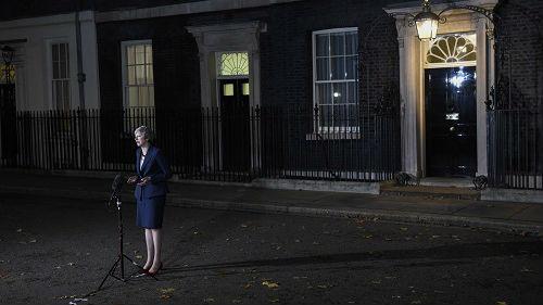 英国脱欧协议赢得内阁支持 英媒:最终结局仍不确定
