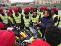 非洲警察北京学习警务驾驶