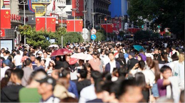 英媒称中国买家支撑全球奢侈品销售:还得靠中国市场