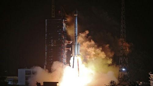 """海外媒体关注中国再度发射双星:""""北斗三号""""迈出关键一步"""