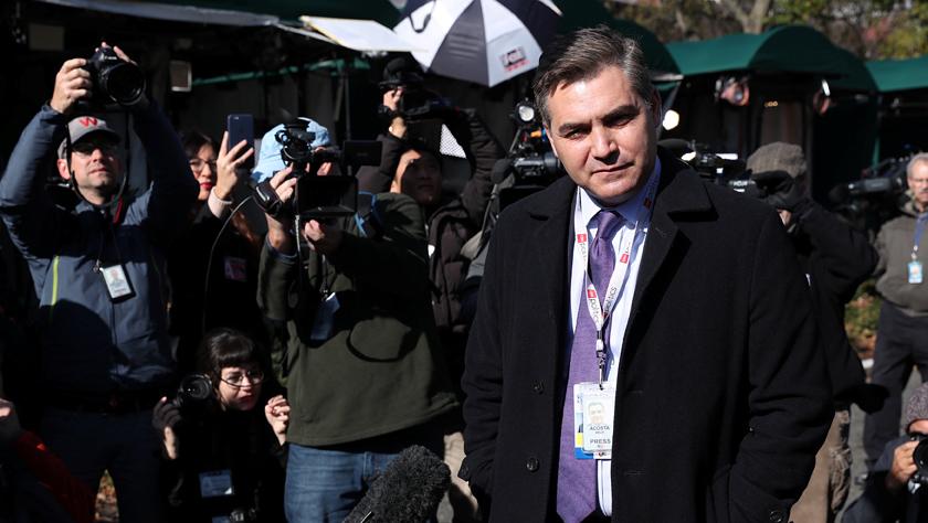 白宫警告CNN记者将再次吊销其采访证