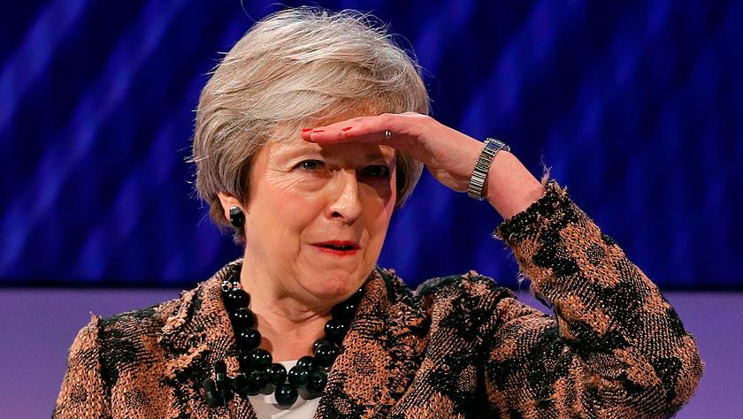 把英国首相特雷莎·梅赶下台?外媒:还不是时候