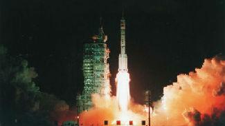 这件大事干完,中国成为孤傲排外的太空俱乐部第三个成员