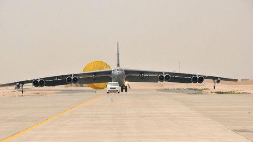 港媒关注美国两架B-52轰炸机再闯南海