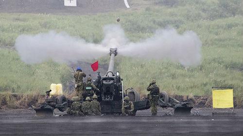 日媒:日本陆上自卫队演习规模空前直指中国
