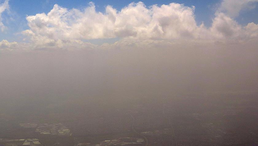 """沙尘暴席卷澳大利亚多地  """"红雾""""笼罩悉尼"""