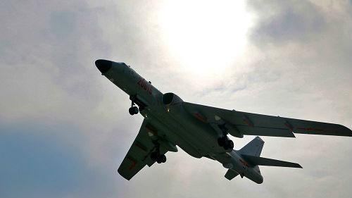 """韩军方称中国军机一天内三次进入韩""""防空识别区"""""""