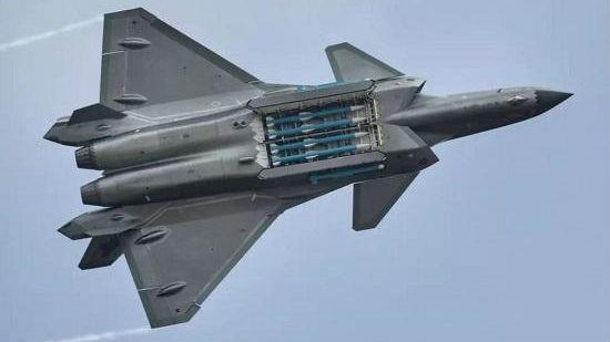 英媒:中国歼-20将换新相控阵雷达 巴空军也可能装备