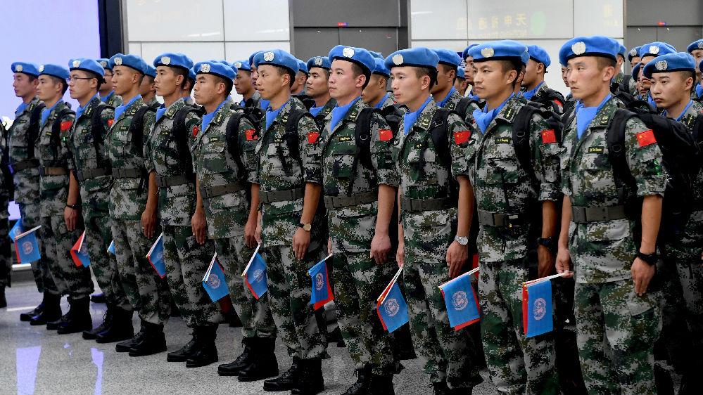 """美媒:8000中国""""蓝盔""""随时待命"""