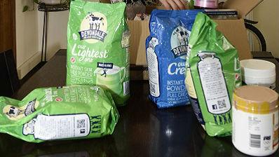 港媒:华人代购狂扫澳大利亚奶粉 每天运输数万罐到中国