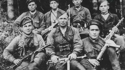 忘却历史?乌克兰拟认可曾与纳粹互助武装分子的入伍武士报酬