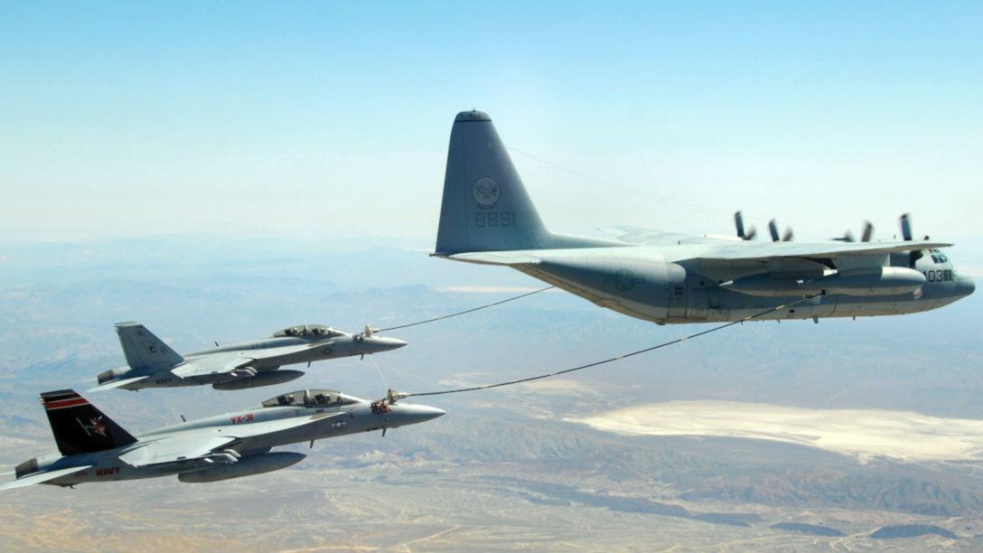 """驻日美军撞机定为""""A级""""事故 5名机组人员仍下落不明"""