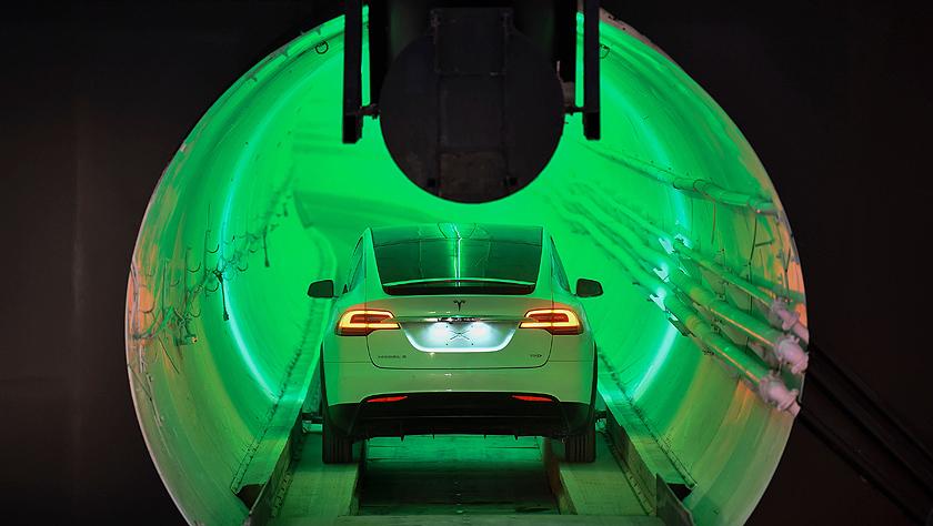"""这台特斯拉在马斯克设想的地下隧道""""首秀"""""""