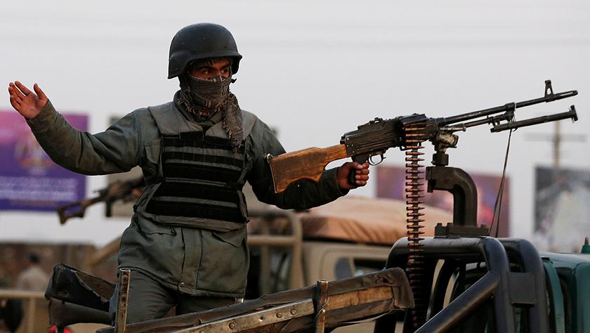阿富汗首都发生袭击事件致32人死亡