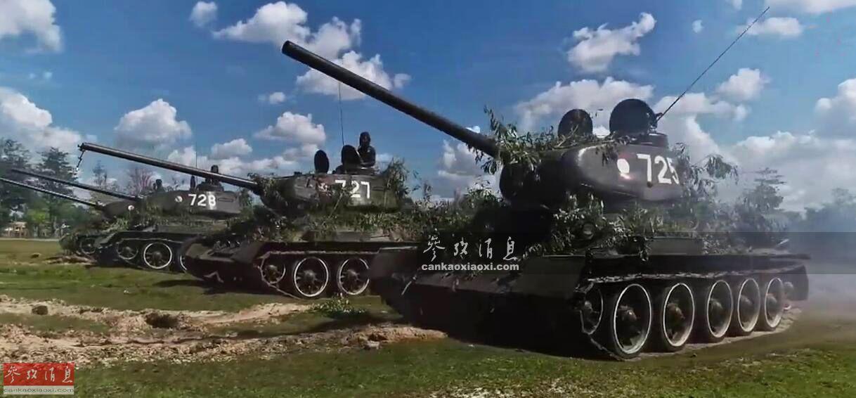 近日,俄媒记者首次探访老挝陆军的T-34/85坦克部队,这些坦克的使用年限已有74年,远超驾驶它们的坦克兵年龄,目前仍在一线服役。图为老挝陆军T-34/85坦克部队训练视频截图。。53