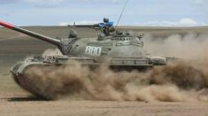 蒙古国为何至今不放弃这款传奇坦克:号称具备核打击下生存能力