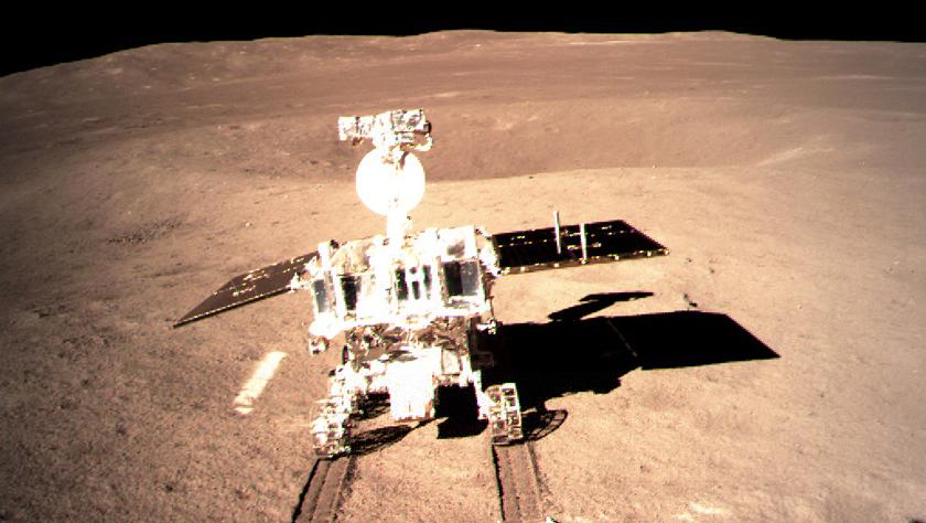 嫦娥四号着陆器与巡视器成功分离 玉兔二号顺利驶抵月背