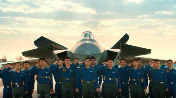 你想驾驶中国最先进战机吗?!港媒关注歼-20招飞宣传片走红