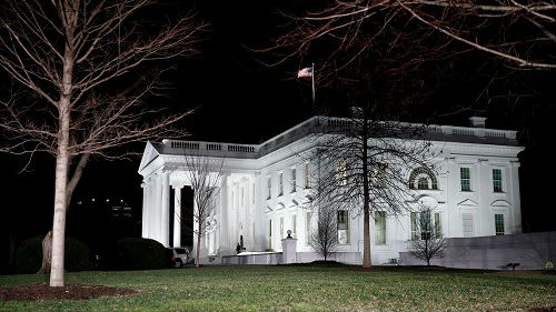 美国政府关门时间破历史纪录 外媒:体制固有缺陷暴露无遗
