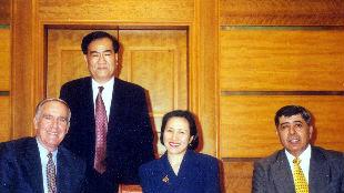外交官回眸中美建交40周年(7):我与美驻越大使的交往轶事