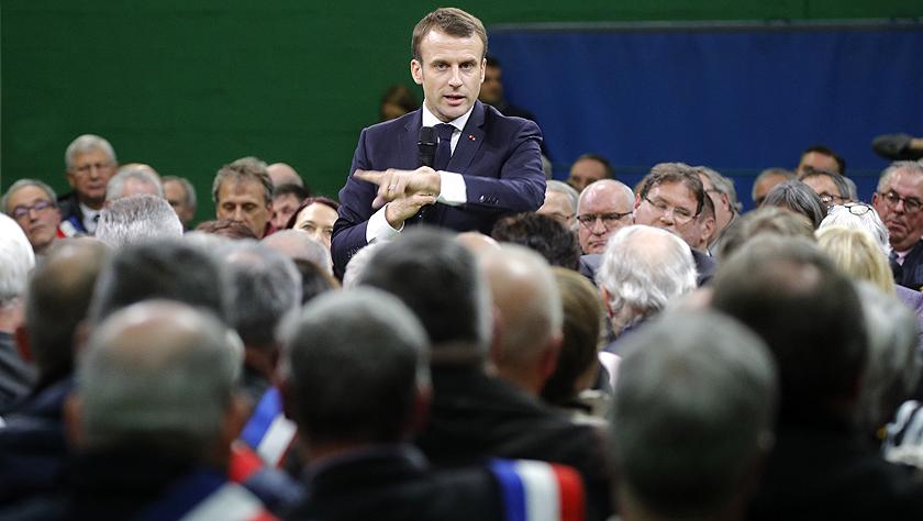 法国总统正式启动全国辩论以凝聚改革共识
