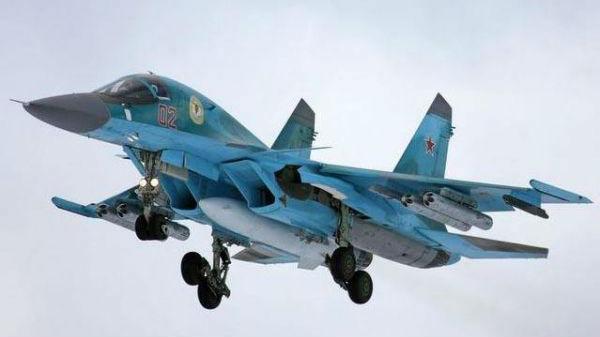俄2架苏-34空中相撞:机组人员已安全弹射 俄军正在搜救
