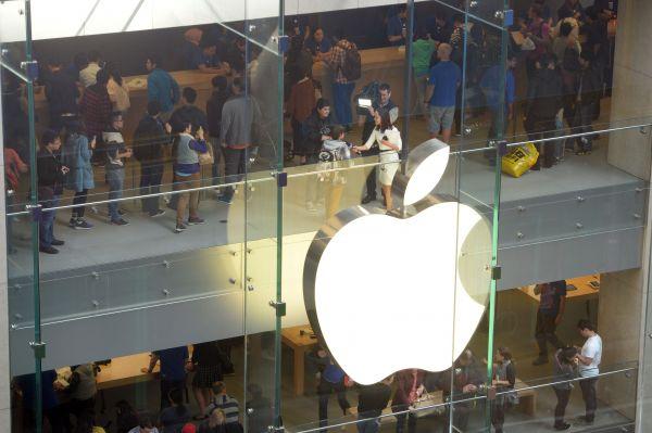 iPhone订单冷飕飕 供应链员工今年过年不加班