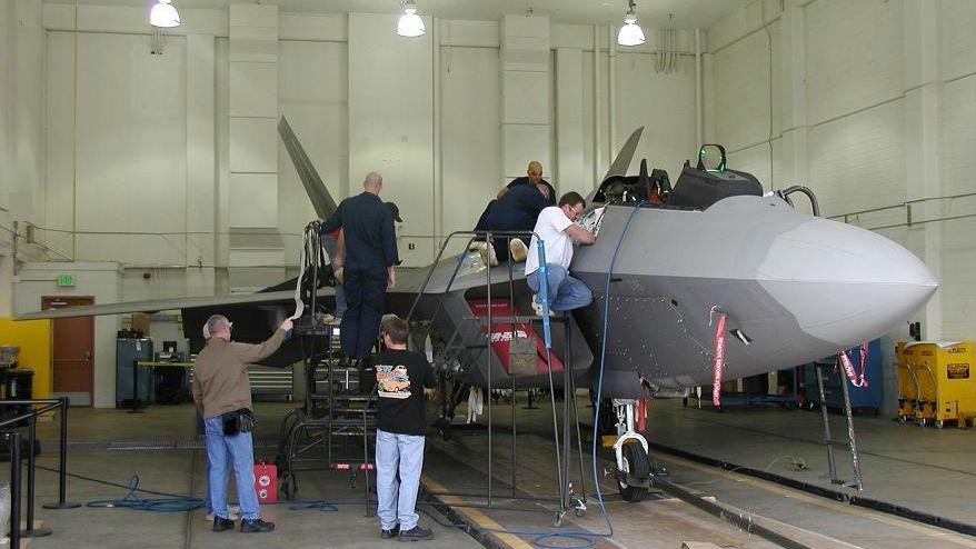 订购3天后就能到货!F-22隐身战机首次安装3D打印零部件