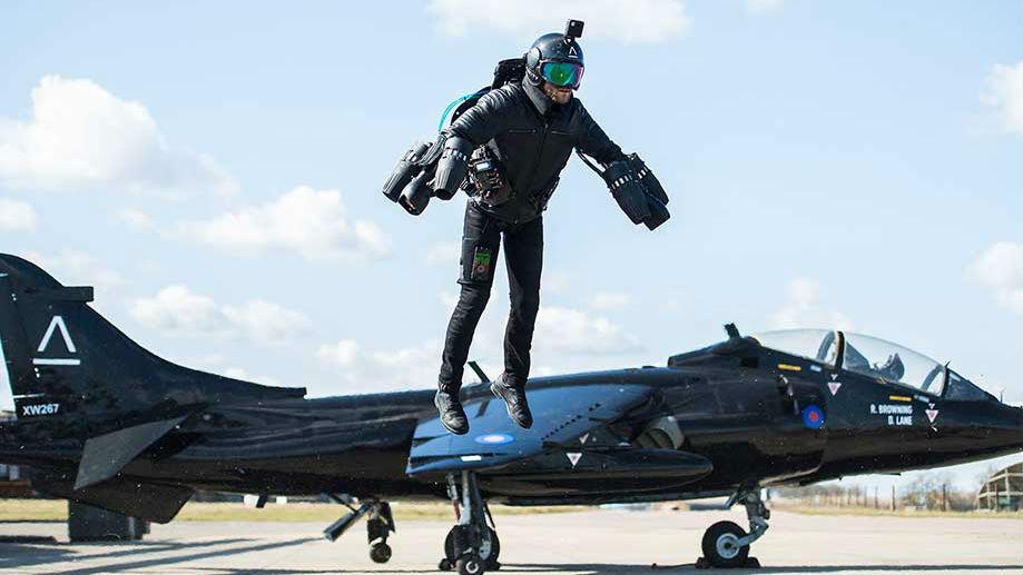 钢铁侠战衣:1套44万美元 英军欲引进