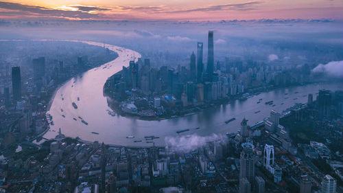 京沪人均GDP直逼台湾 台媒感叹:30年河东,30年河西