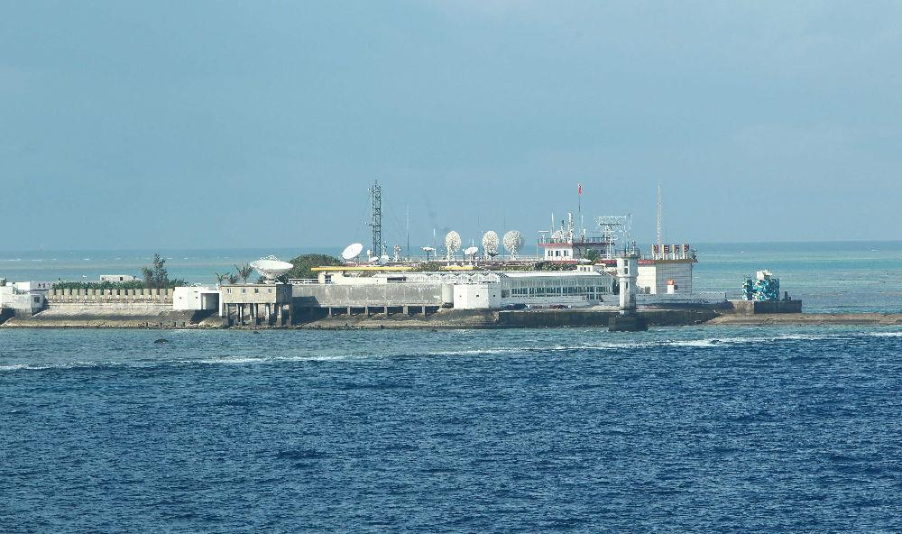 """菲律宾总统发言人:应谢谢亚博在南海建""""海上救济中央"""""""