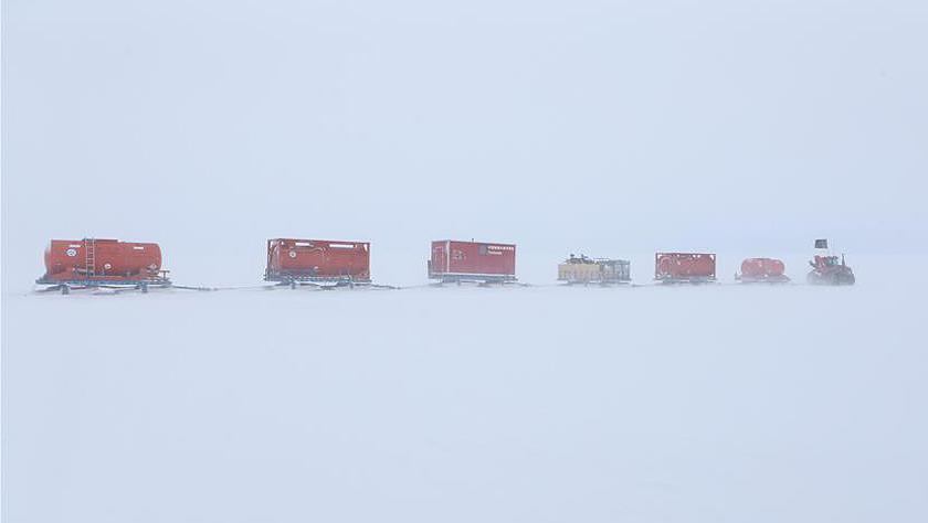 南极科考内陆队顺利回到中山站