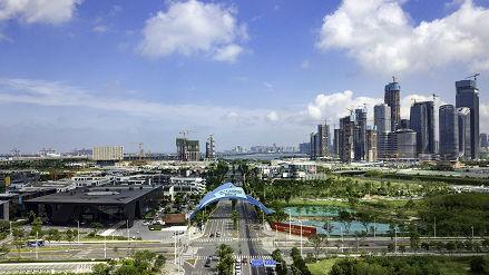 西媒述评:中国经济将迎来更美好前景 经济转型不可阻挡