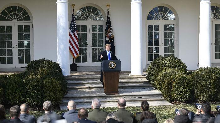 特朗普宣布国家紧急状态 民主党誓言将全力阻止