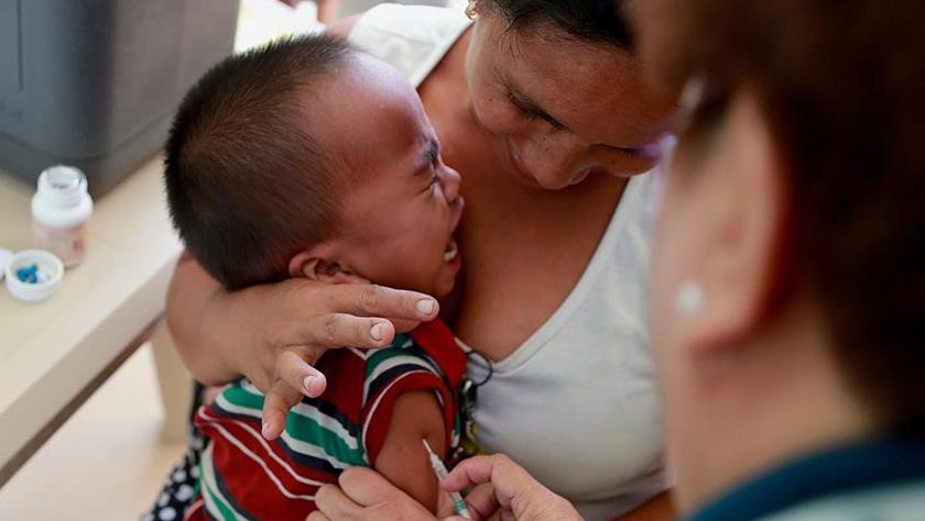 菲律宾爆发麻疹疫情 总统呼吁给孩子接种疫苗