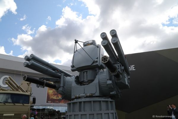 俄多款顶尖装备亮相阿布扎比防务展