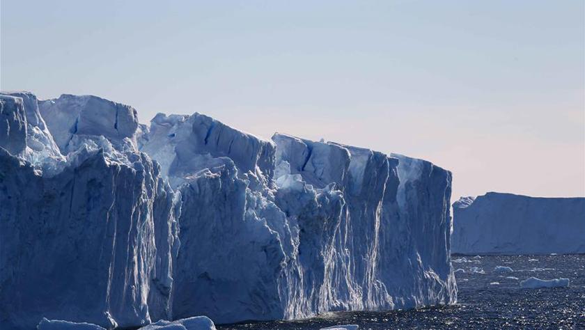中国南极中山站附近的冰盖、冰川与冰山