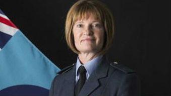 英军有了首位空军女中将 成英军军衔最高女性