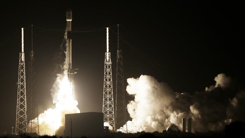美火箭将以色列月球探测器送入太空