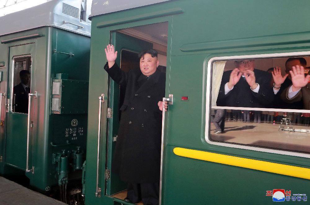 """海外媒体:朝鲜高调报道金正恩启程访越参加第二次""""金特会"""""""