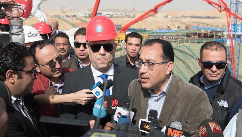 埃及总理见证中企承建新首都中央商务区项目开盘浇筑