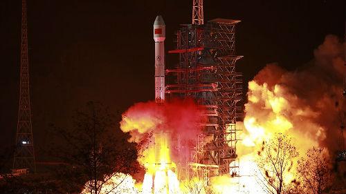"""港媒:中国推进太空探索计划 航天成就带火""""太空旅游"""""""