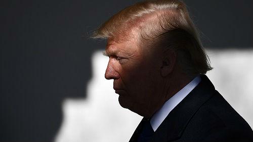 """美众议院宣布对特朗普展开全面调查 特朗普批""""政治恶作剧"""""""