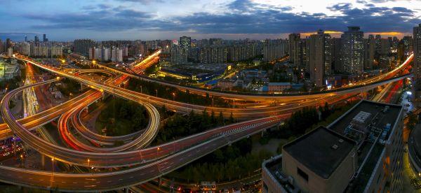 外媒称西方长期低估中国发展:中国经济影响力不断增强