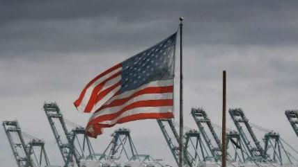 """外媒:美国全球贸易攻势遭遇""""重大失败"""""""