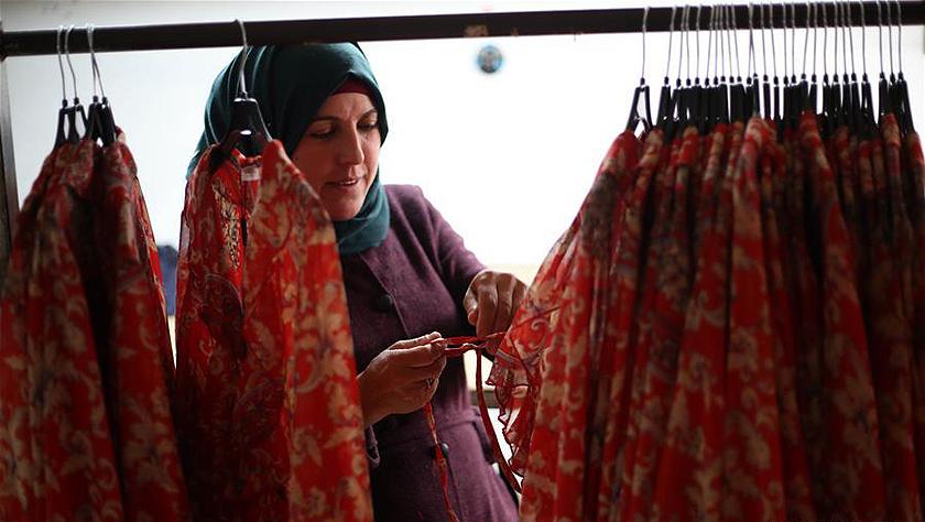 巴勒斯坦女性服装厂